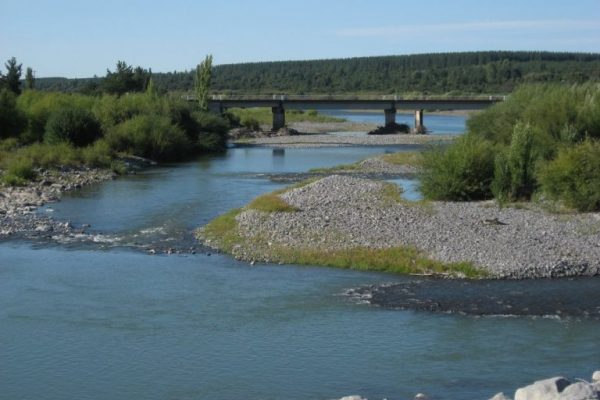 Siguen reacciones por dictamen de Corte de Apelaciones sobre extracciones de canal Zañartu en río Laja